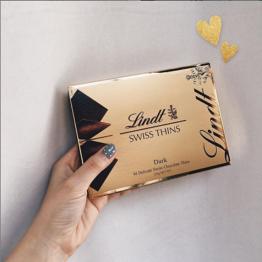 Lindt Swiss Thins Dark Chocolate 125g