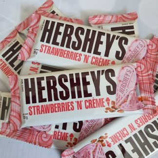 Hersheys Strawberries N Creme Bars 39G